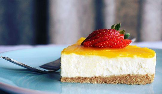 berry-cake-cheesecake-1098592